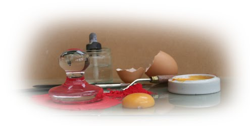 Egg tempera preparation materials
