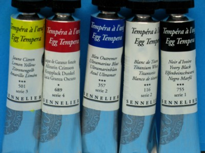 Egg tempera in tubes